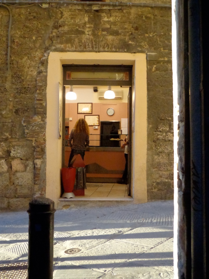 Pizzeria via dei priori Perugia